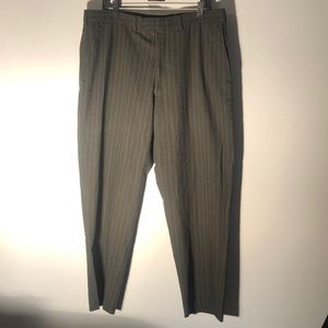 Kenneth Cole Reaction Black Pinstripe Pants J9